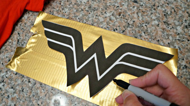 DIY-wonder-woman-inspired-costume-tutorial
