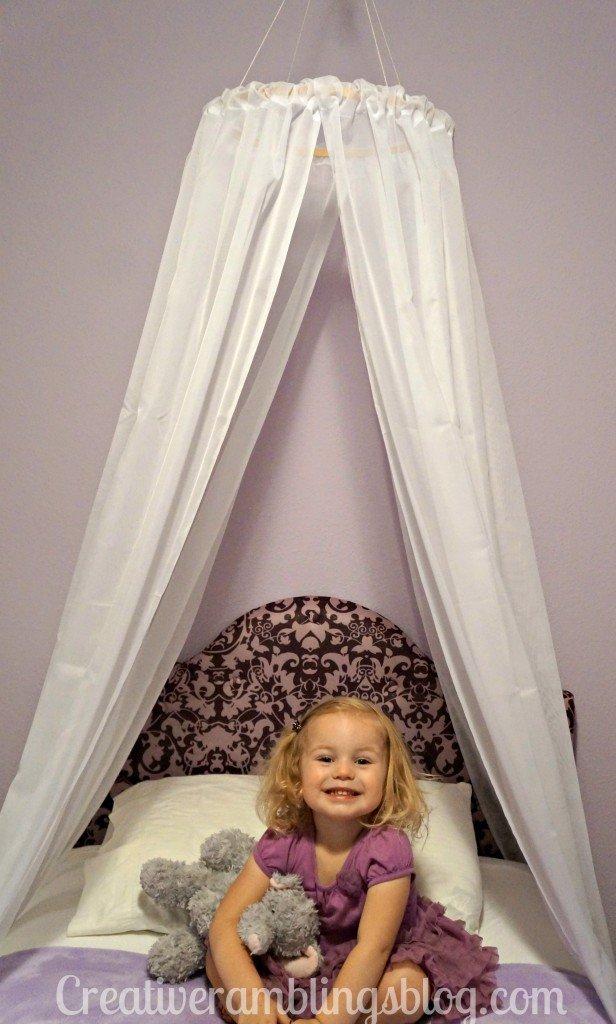 Easy diy princess canopy creative ramblings for How to make a princess bed