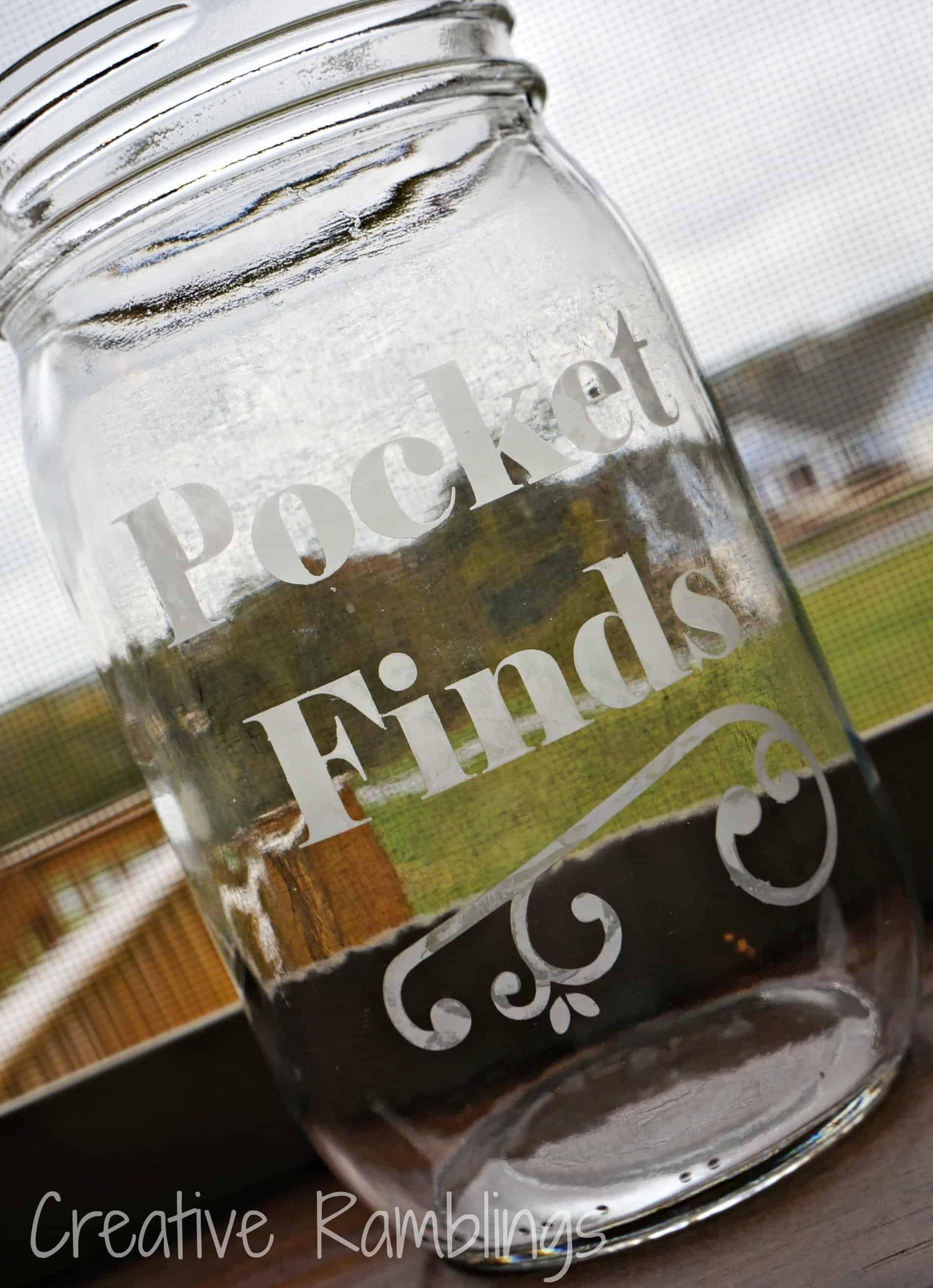 Laundry room pocket finds jar