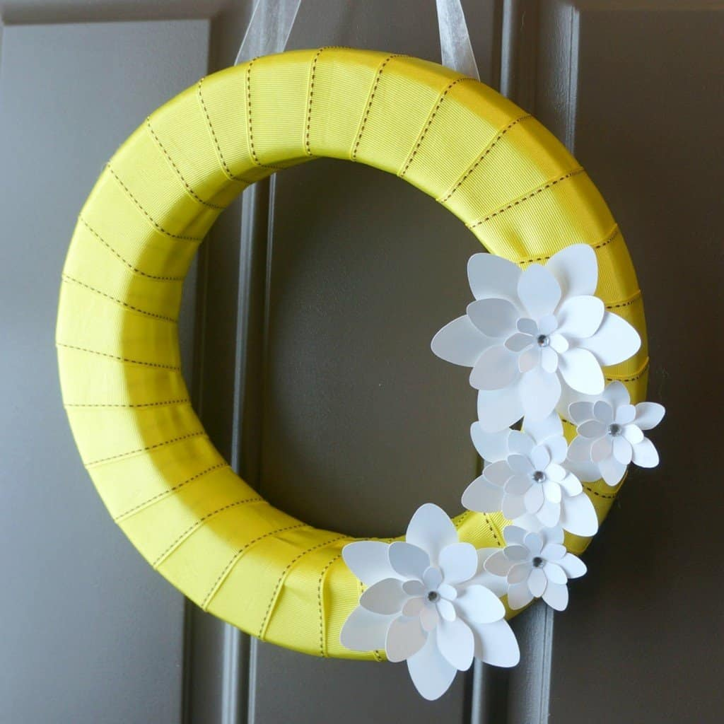 Creative Ramblings Spring Wreath with cur flowers