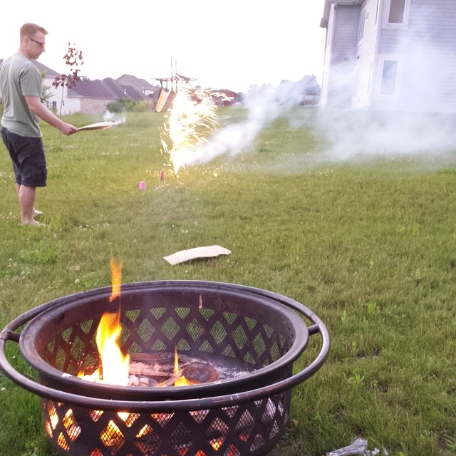 Fire and fireworks, loving this relaxing weekend. #familytime #fourthofjuly #summernights @veronica11_h