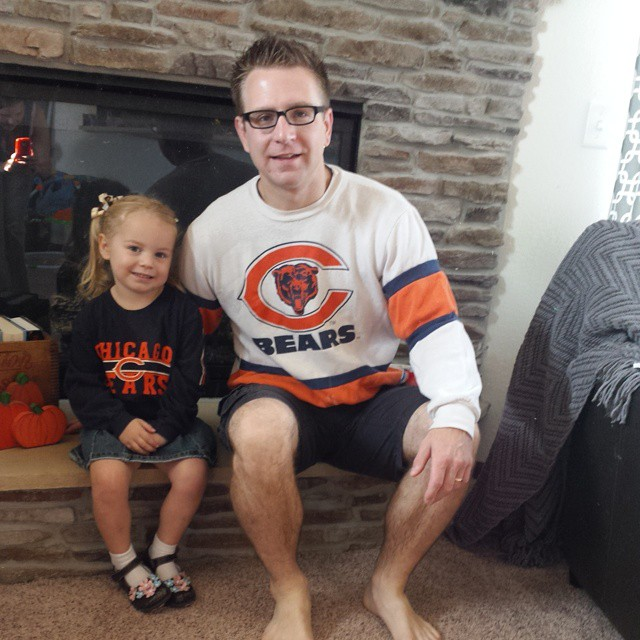 Ready for today's game. Little lady puts on her #Bears shirt and says Go #Packers!  #nfl #football