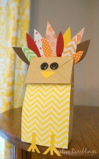 Paper Bag Turkey. Fun and easy craft to do with kids. #thanksgiving