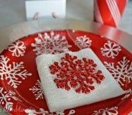 Festive and Inexpensive Christmas Table