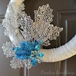 simple winter yarn wreath