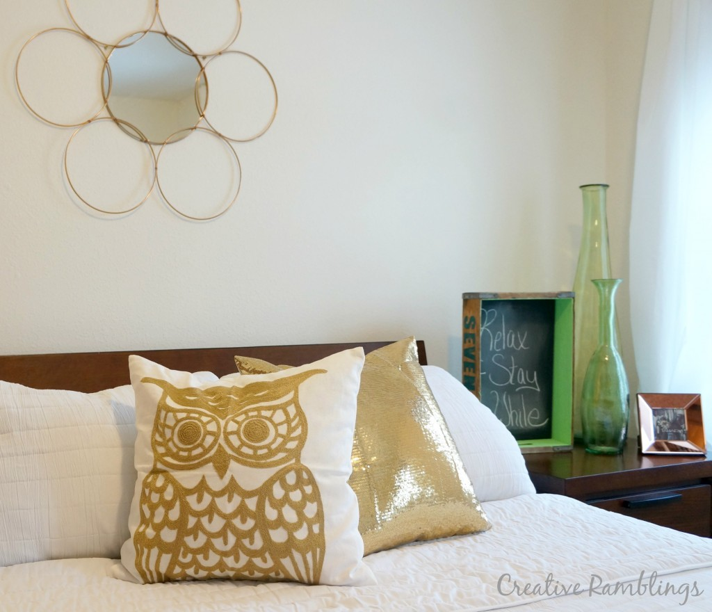 Guest-room-update-with-metalic-pillows