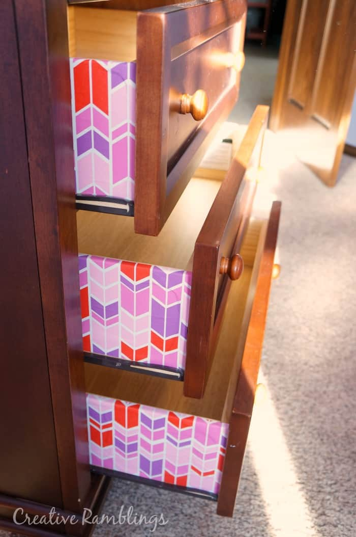 colorful-lined-dresser-drawers