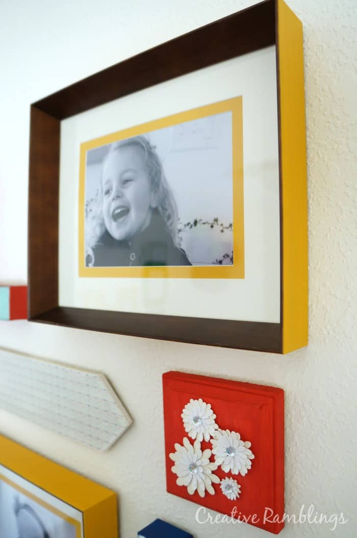 yellow-frames-playoom-gallery-wall
