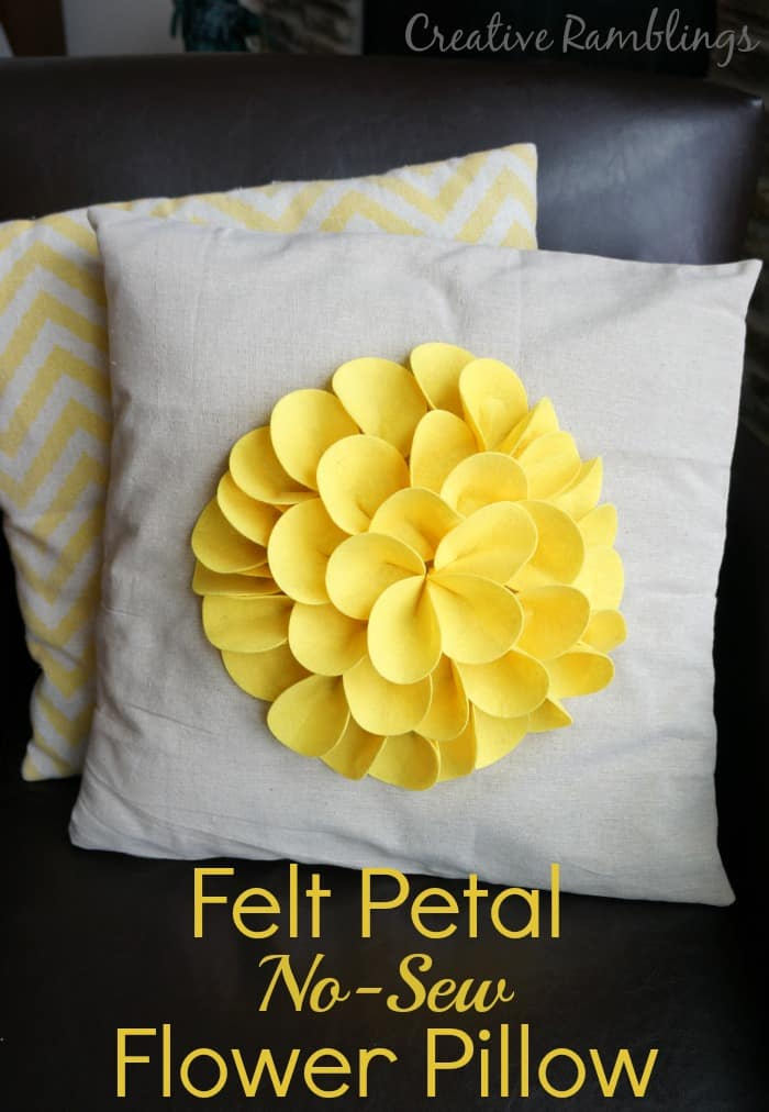 felt-petal-no-sew-flower-pillow