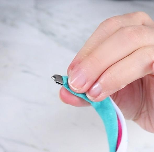 clamp on t-shirt bracelet