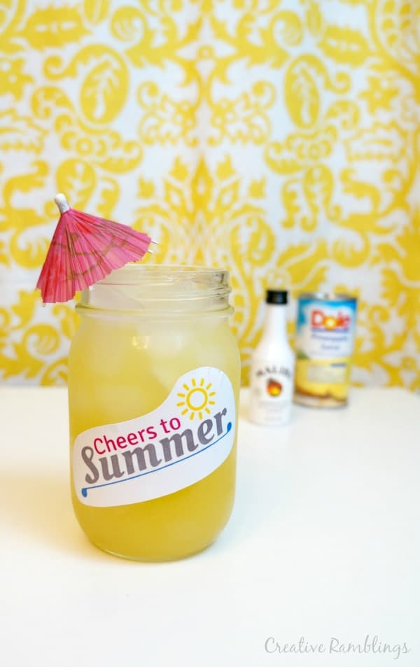 A fruity summer cocktail gift, a cocktail in a mason jar.