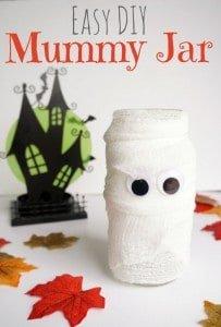 Create this spooky easy DIY mummy jar.