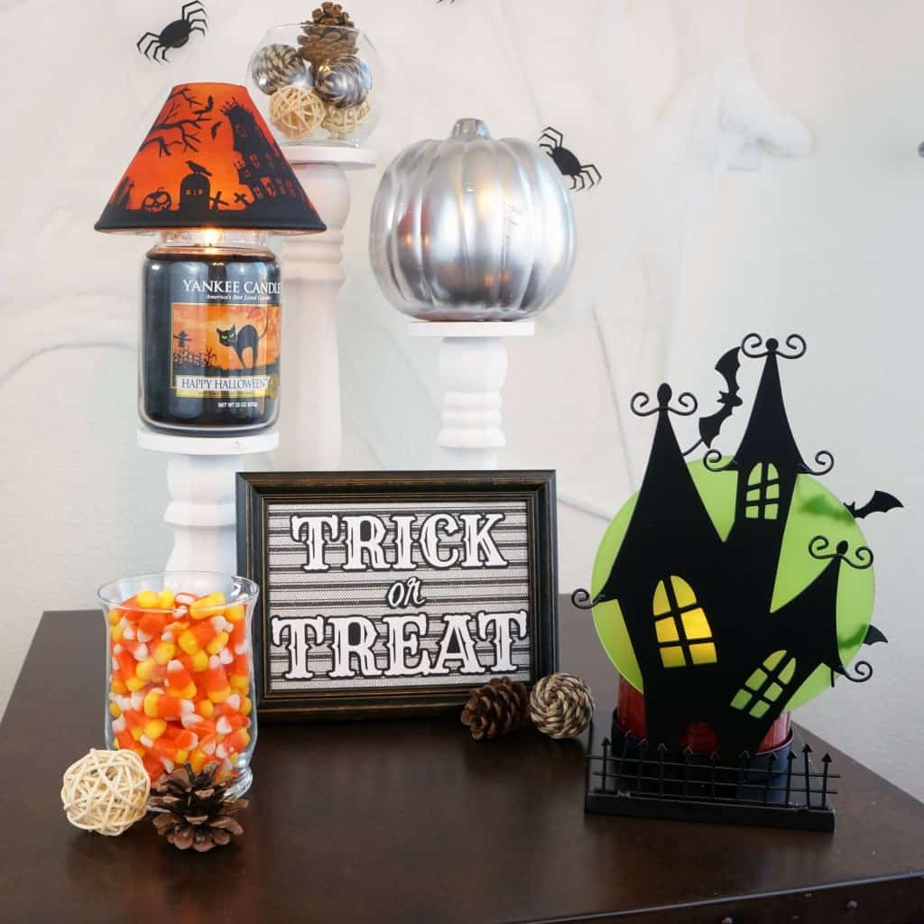 Simple and Spooky Halloween Home Decor