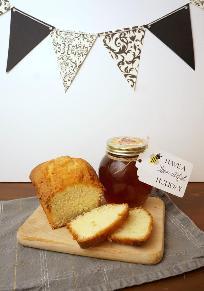 Honey and bread are a great combination and make a very special gift. #honeyforholidays ad