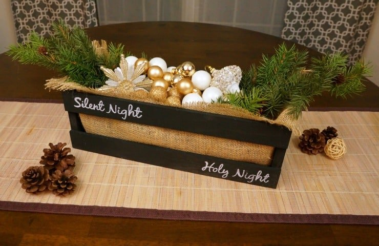 Christmas chalkboard crate centerpiece and lettering technique