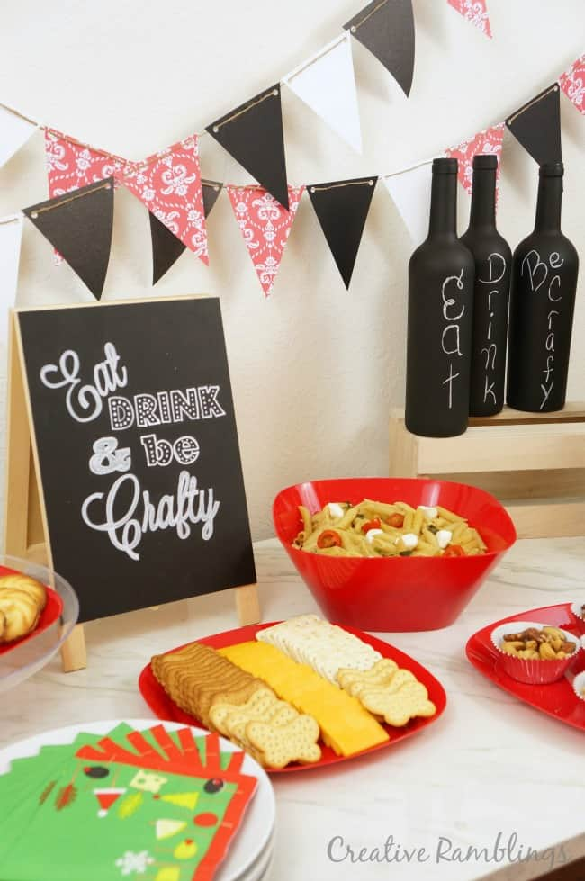 Msg 4 21+ Throw a fabulous holiday craft party with simple food and DIY decorations #HolidayPairings #ad