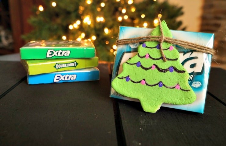 Salt dough ornaments and Extra® gum #PackInMoreMemories ad