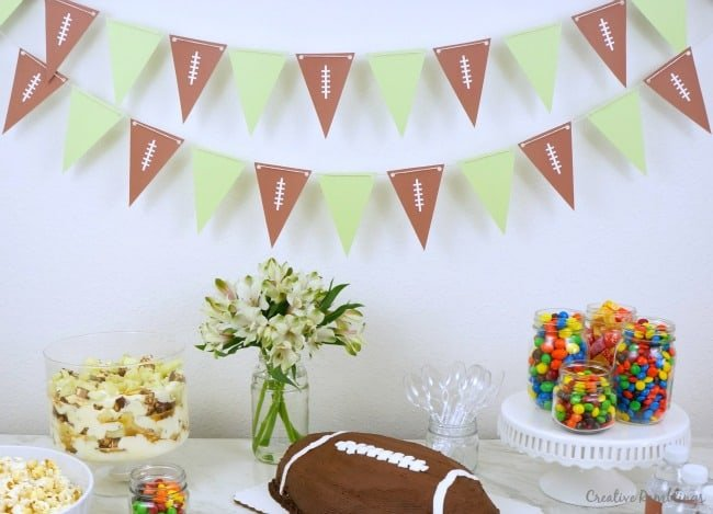 Printable football pennant banner #SweetenTheSpread AD