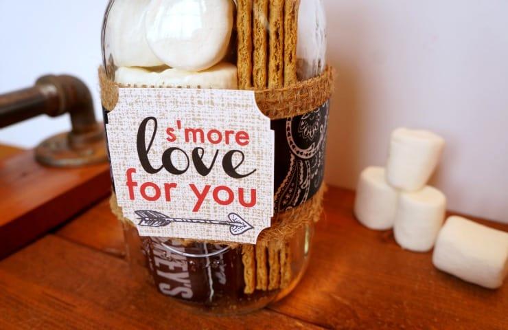 s'more valentine mason jar