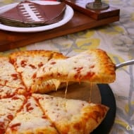 Make the Right Call on Game Day with a Simple Pizza Dinner