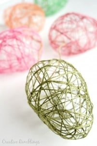 Pretty and easy string Easter egg garland