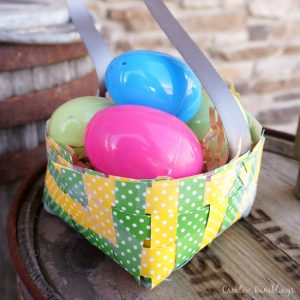 How to weave a paper basket with kids