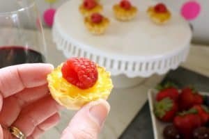Msg 4 21+ Lemon Fruit Tarts and a Simple Summer Party AD #BlackBoxSummer
