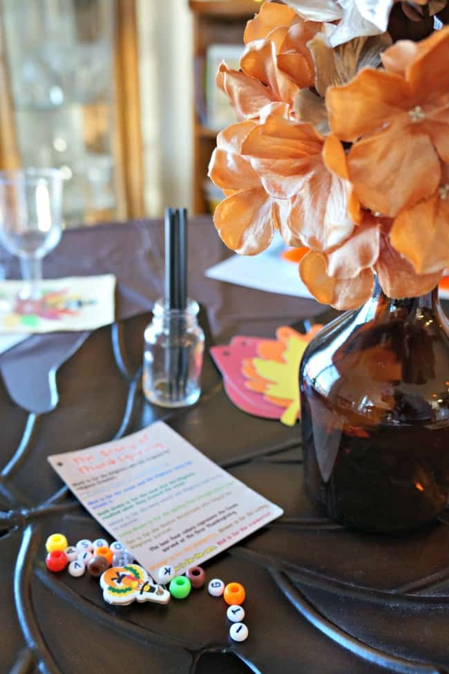 Thanksgiving Kids Table Craft Centerpiece
