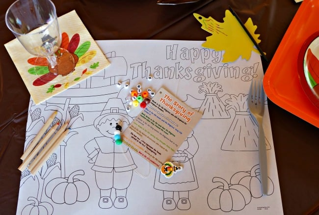 Thanksgiving Kids Table Crafts