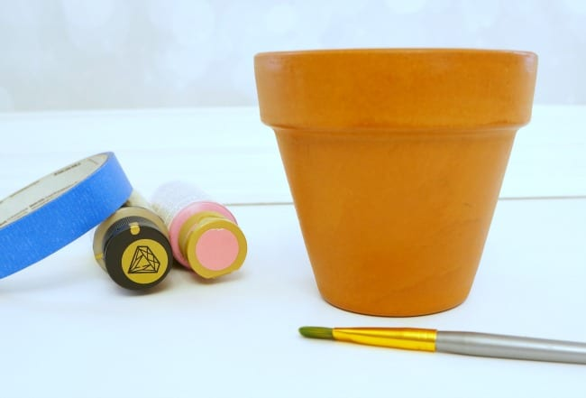 How to Paint and Seal Flower Pots paint supplies