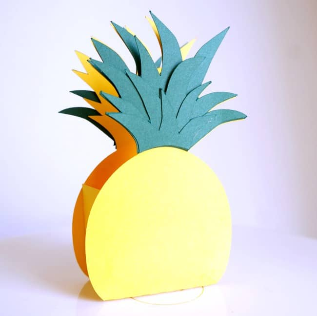 Pineapple Gift Box With Summer Goodies paper craft