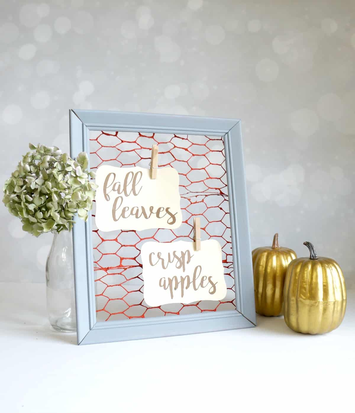 Faux Chicken Wire Frame for Fall - Creative Ramblings