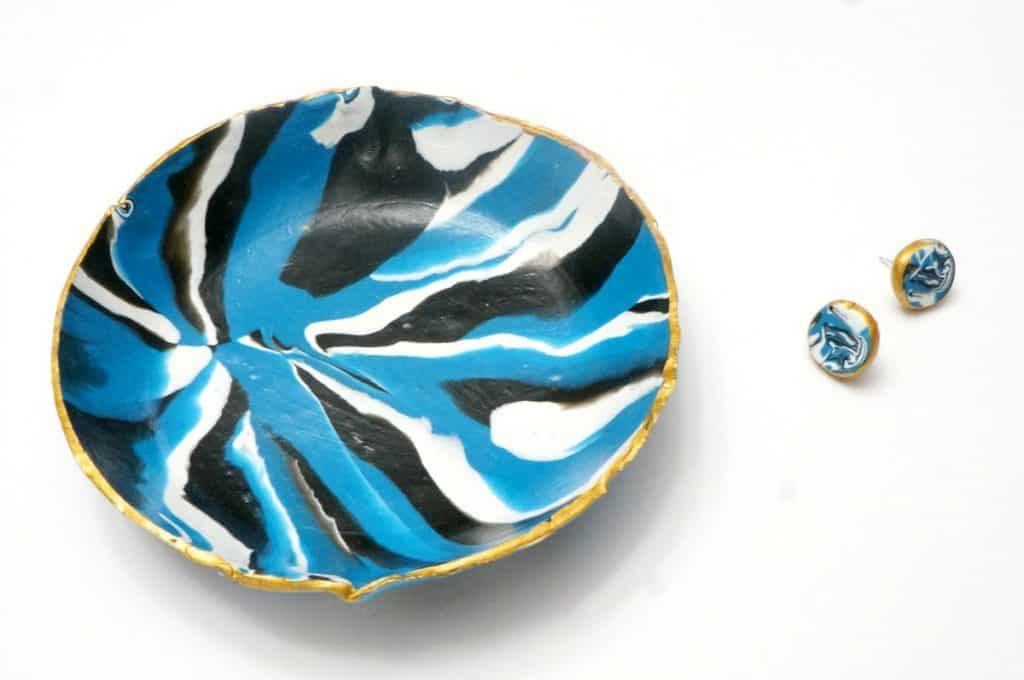 marbled clay dish and earrings class
