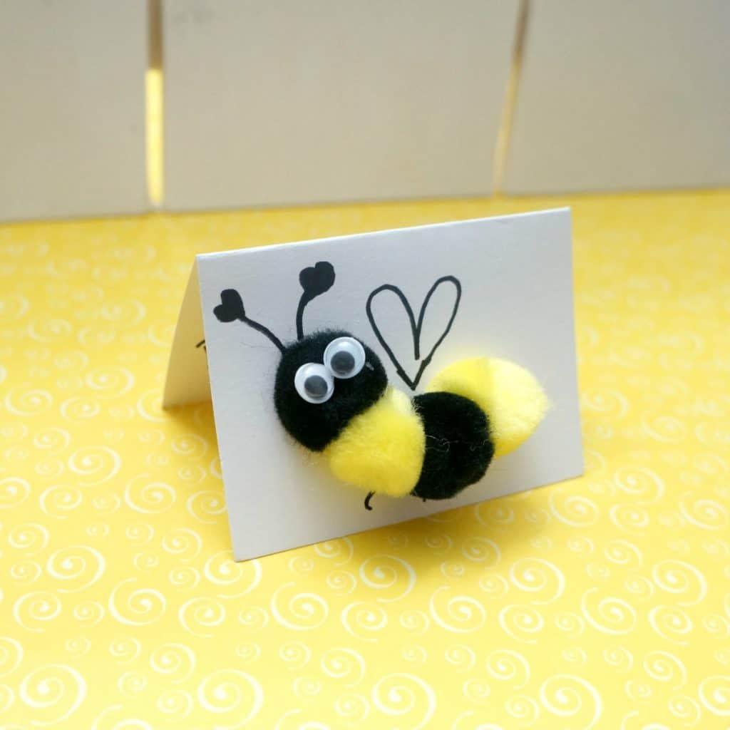Pom Pom Bee Valentine