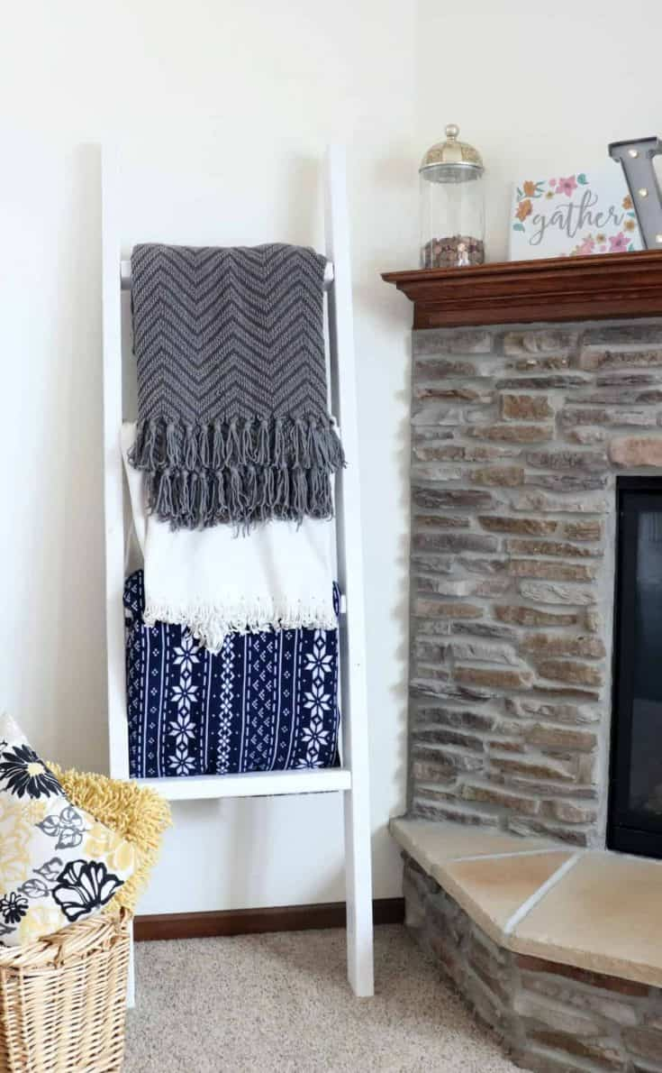 How to Make a 2x4 Blanket Ladder