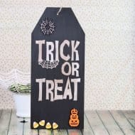 Halloween Sign with Free Silhouette Cut File