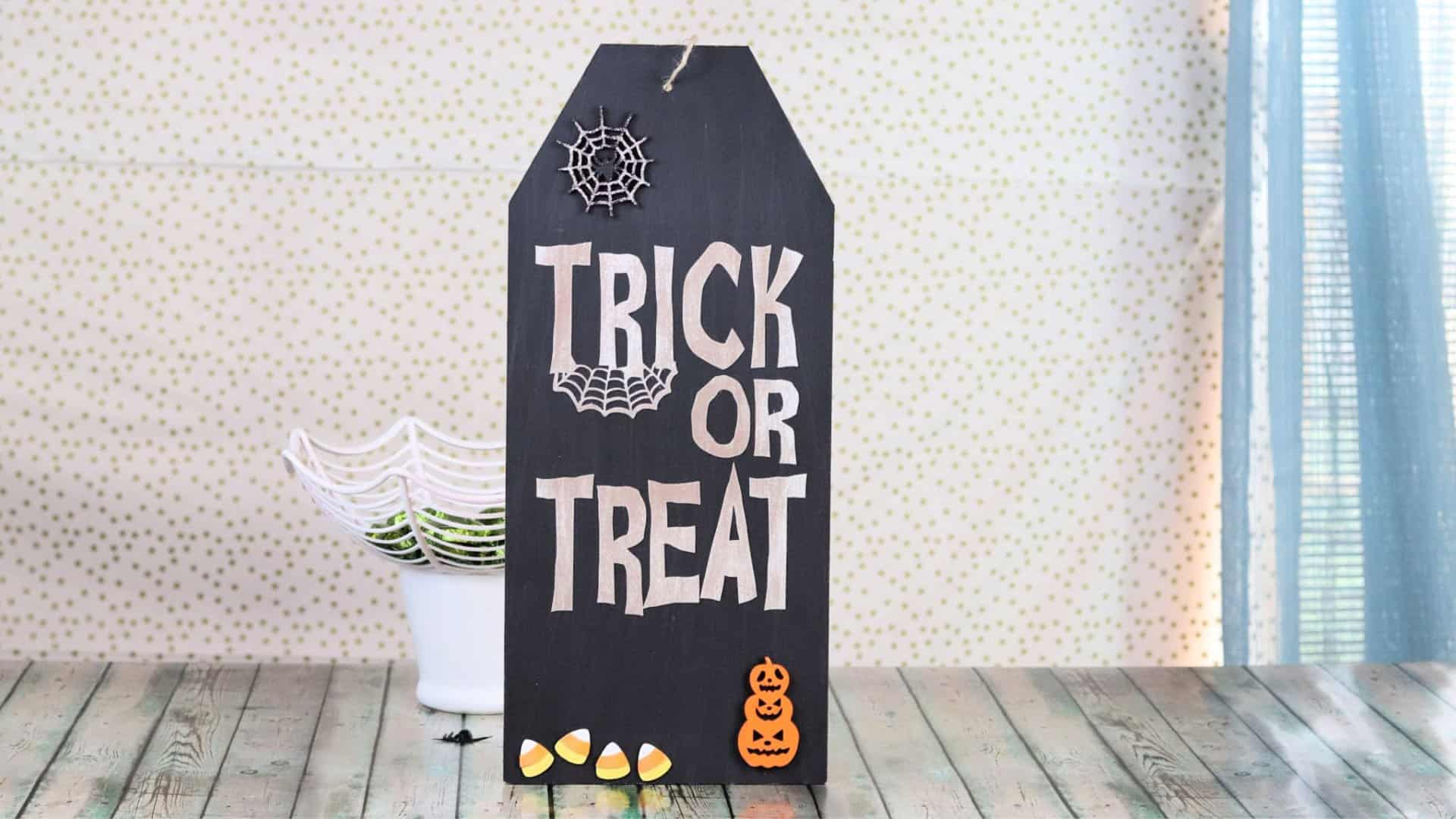 halloween sign