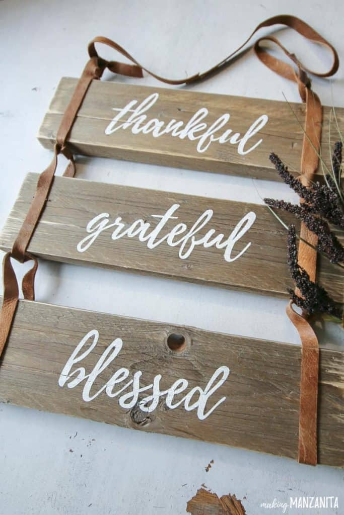 Thankful-Grateful-Blessed-Pallet-Wood-Sign-With-Leather-Straps-