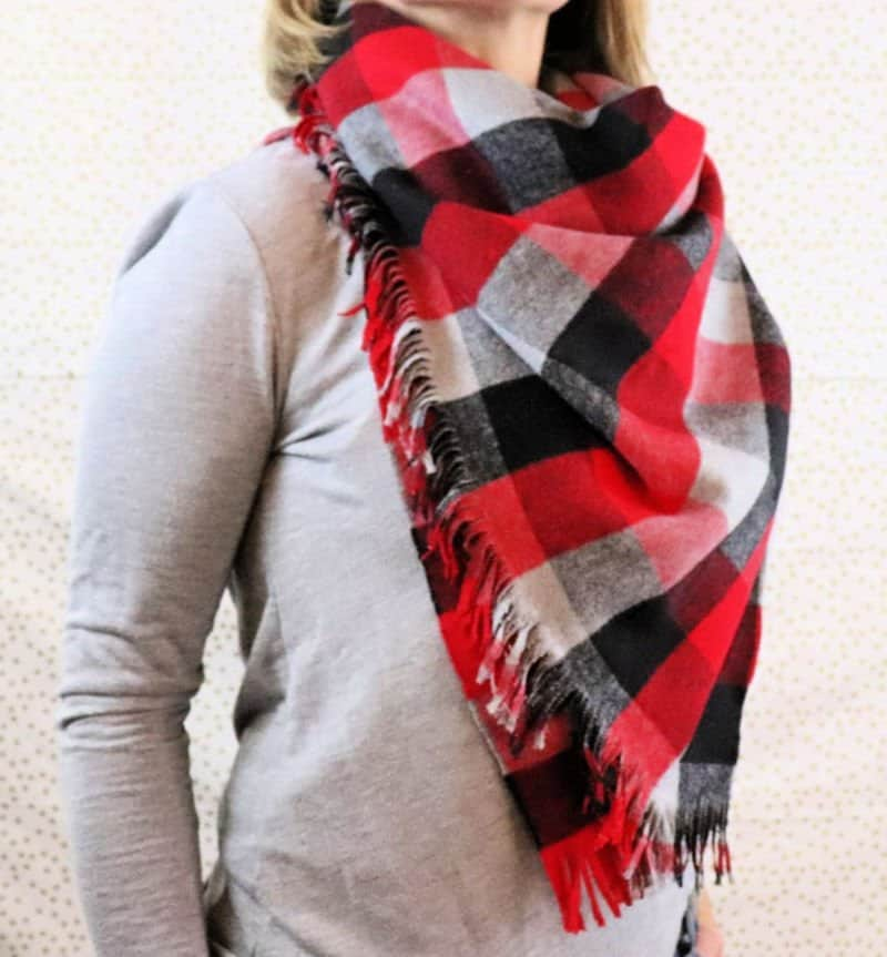 Diy Blanket Scarf How To Make And Wear One Creative