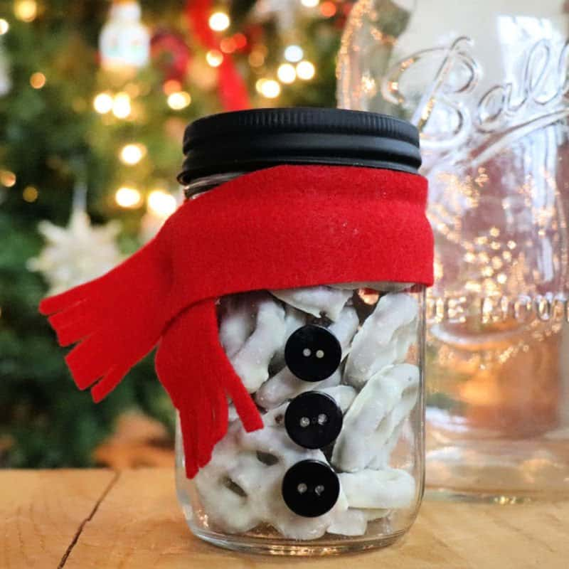 snowman mason jar gift for Christmas