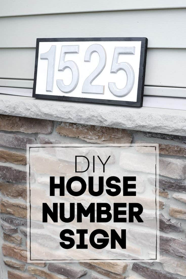 Make your own eye catching house number sign without any tools! #woodsign #housenumbers #frontporch #homedecor