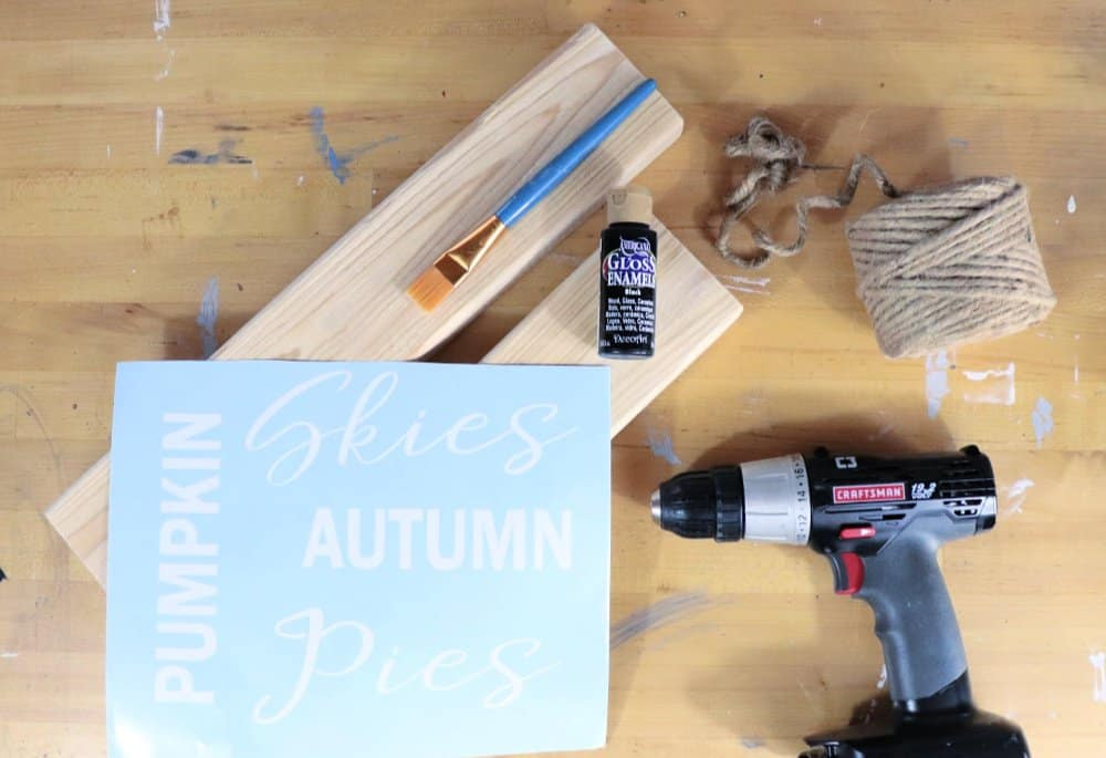 DIY fall wood sign with vinyl supplies