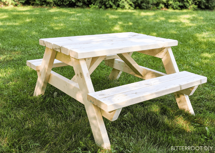 Kids Picnic Table | Bitterroot DIY
