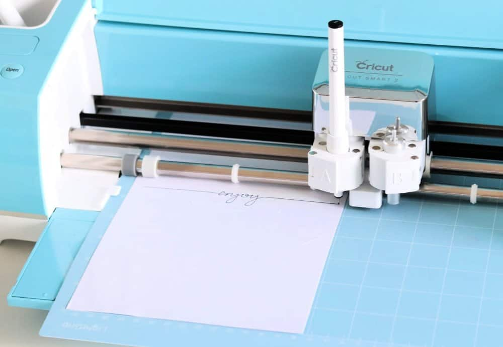 Cricut cutting and pen