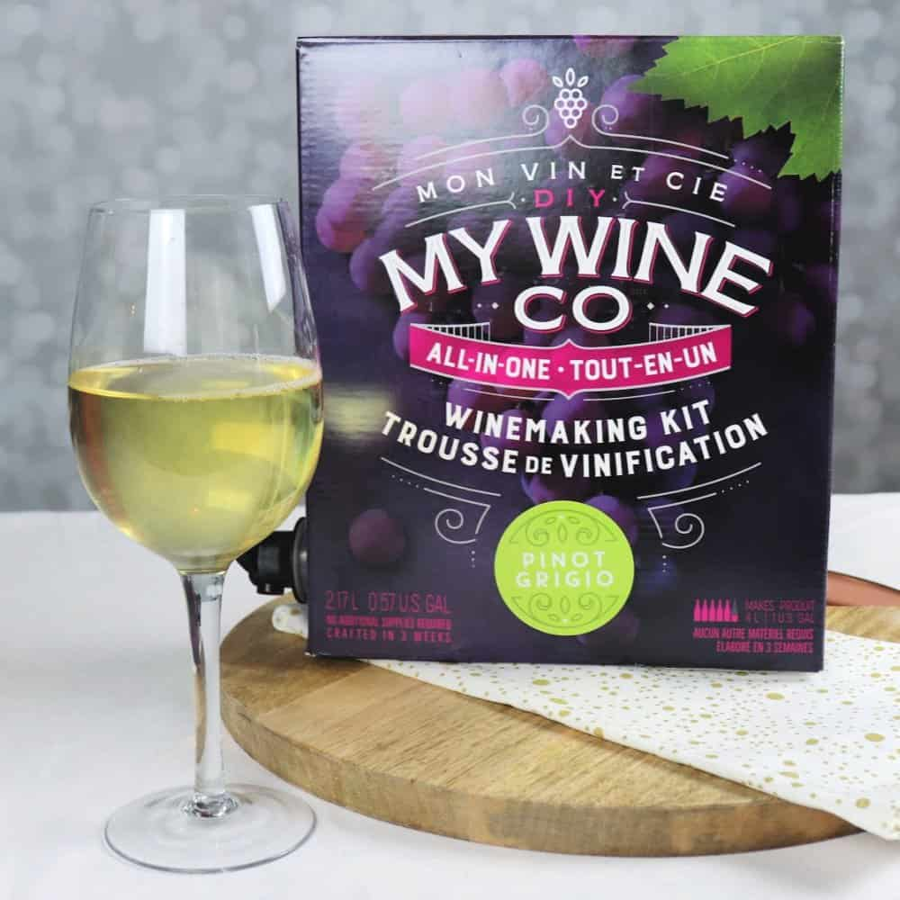 DIY My Wine pinot grigio box and glass