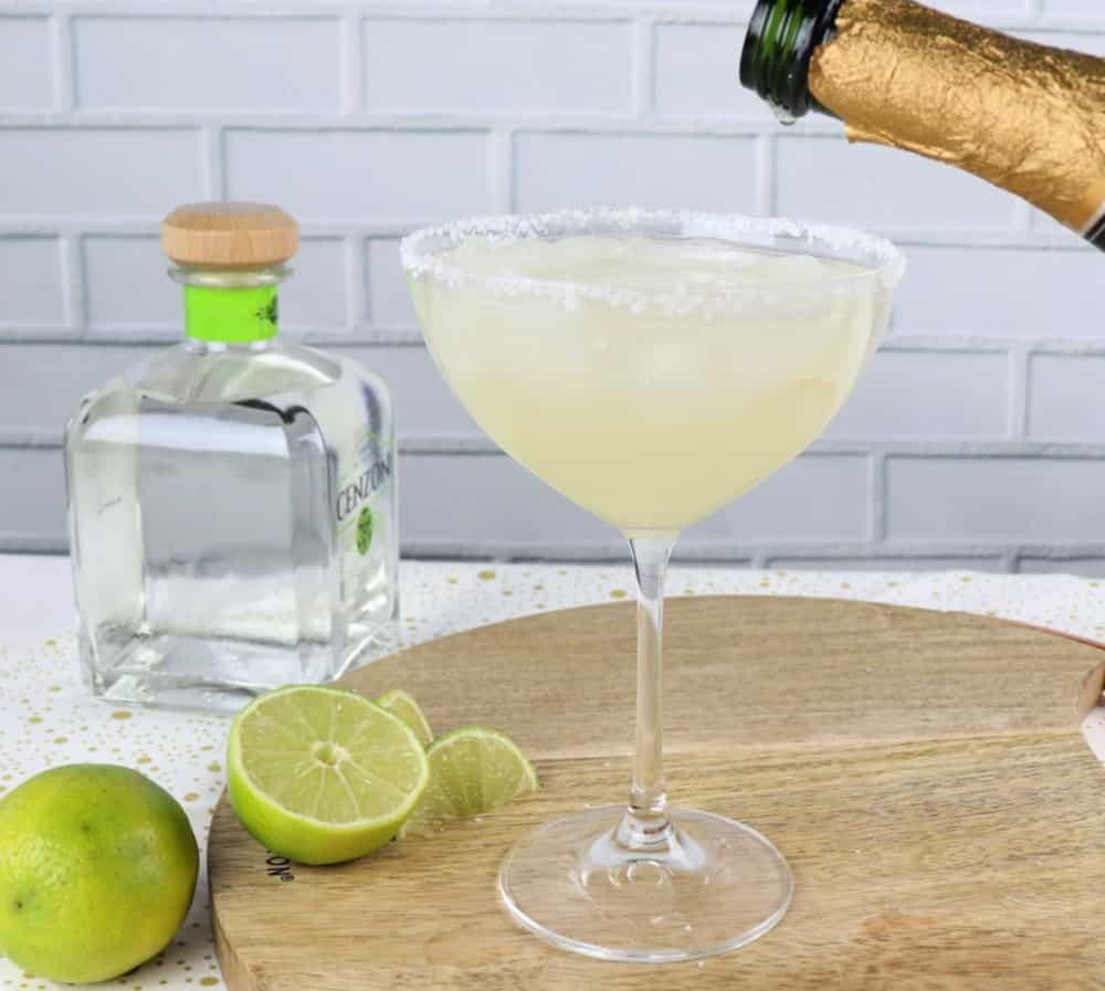how to mix a champagne margarita