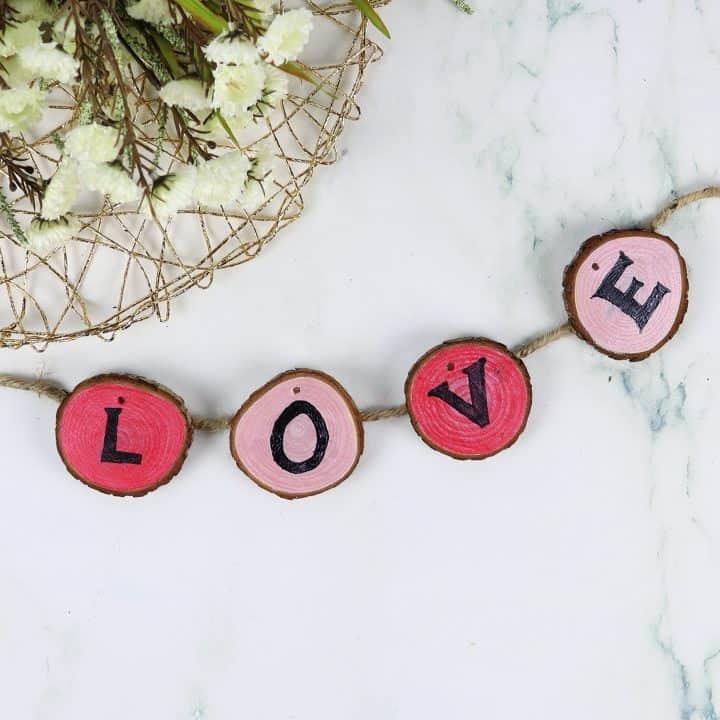 Valentine's day wood garland square
