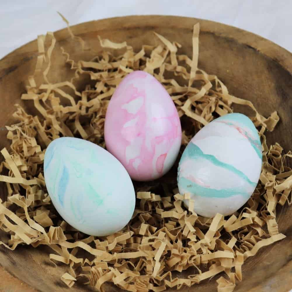 3 ways to marble easter eggs square