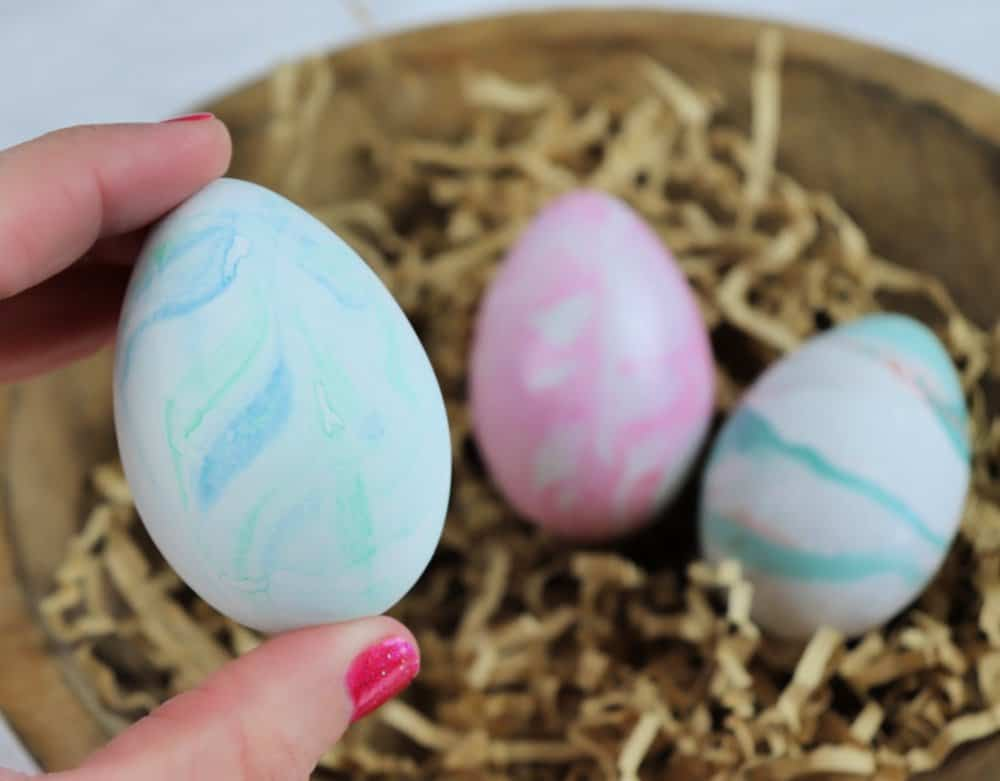 marble eggs with shaving cream