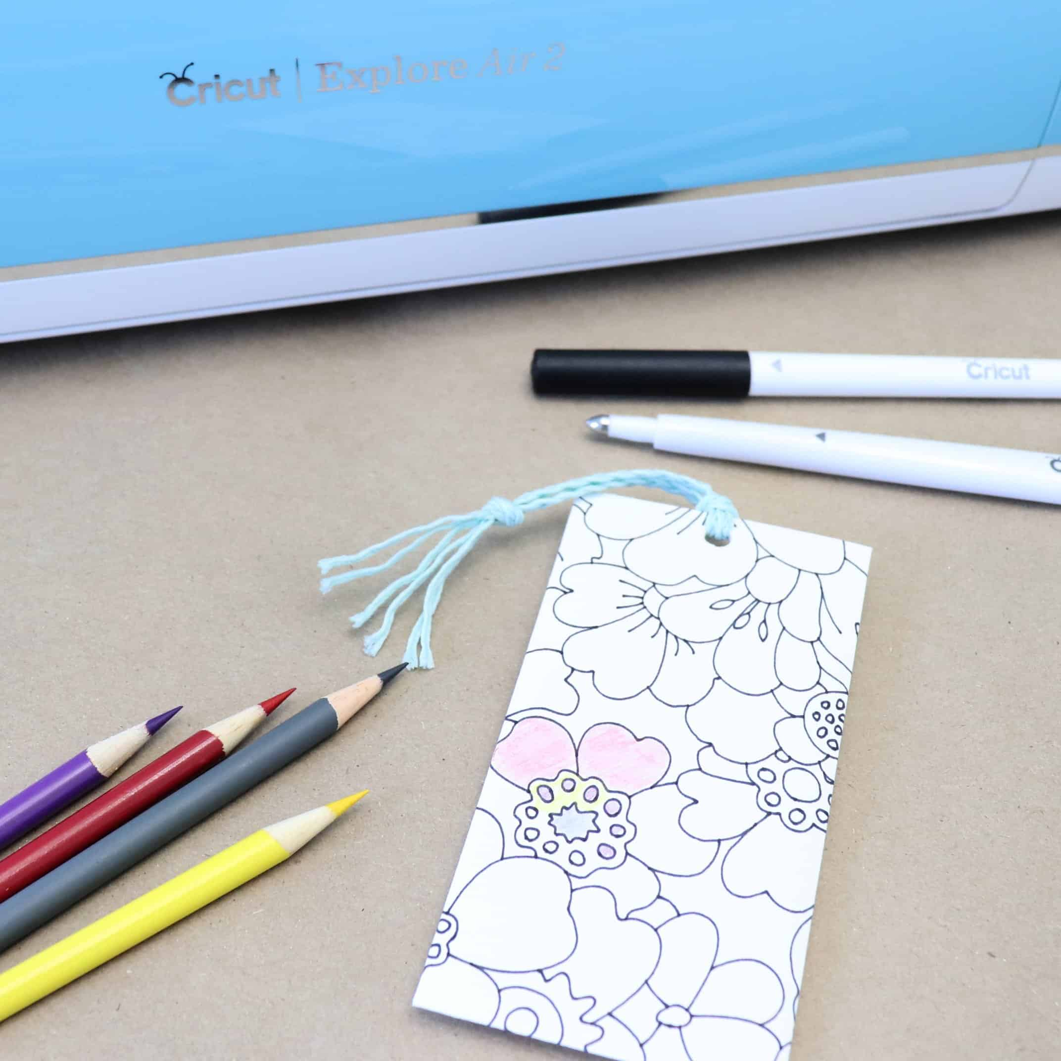 Easy Gift Idea Coloring Bookmark with Cricut